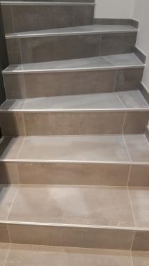 Carrelage escalier chambery